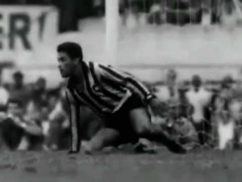 Garrincha - The King of Football