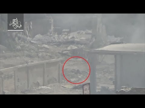 Regime & foreign militia fighters running away under heavy blows of FSA forces in Ein Tarma.