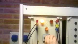 Conexión en paralelo de una máquina sincrónica a la red de servicio público 3/3