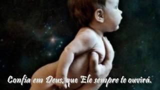 Confia em Deus ( Keep Looking Up!)