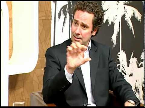 Varizes  Tratamento e Prevenção  Entrevista - 2 - Dr Fernando Soares Moreira  Angiologista