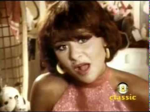 Tracy Ullman - They Don't Know (complete video)