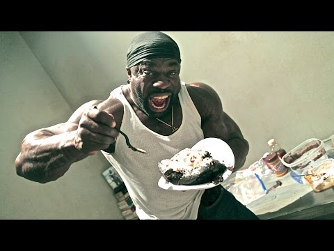 10,000 Calorie Cake (Hyphy Cake) - Cooking w/ Kali Muscle