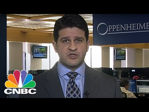 Technical Analyst: More Gas Is Left In Oil's Tank | Trading Nation | CNBC