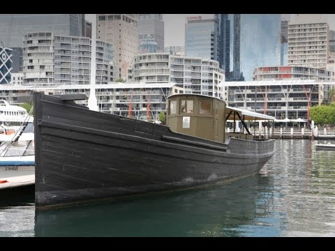 2016 Remembrance Day Ceremony - Australian National Maritime Museum