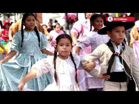 Gauchos jujeños desfilaron en honor a San José