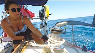 74] Why GIRLS Love To Sail | A Woman's Perspective On The BOAT LIFE