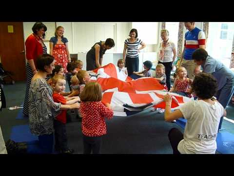 Monkey Music Cardiff Jiggety Jig class performs 'The Day is Here!'