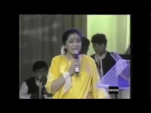 asha-bhosle-yeh-hai-reshmi-zulfon-ka-2000-live-asha-bhosle-italy