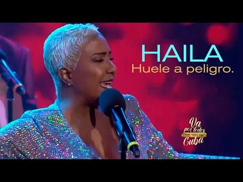 Haila María Mompié - HUELE A PELIGRO (En Vivo)