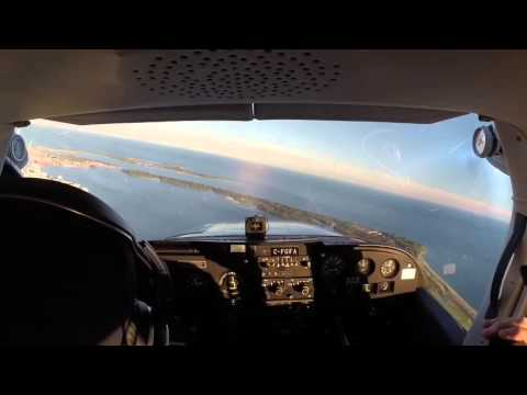 "Toronto ""City Tour"" in a Cessna 172 - Long Video!"