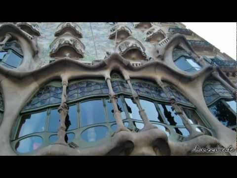 Barcelona (Spain) - Famous Buildings of Gaudi (HD)