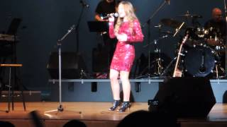 Connie Talbot Mr Blue Sky Concert In HK 25 11 2014