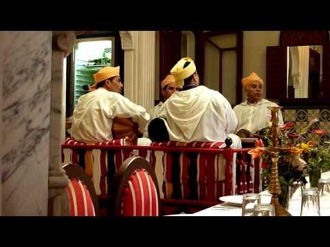 Tanger 2010 - Marroccan music.MOV
