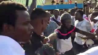 L'arrivée spectaculaire de Eumeu Séne au Stade Leopaul Sedar Senghor