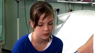 Girl With Wrist Burn Uses BurnJel