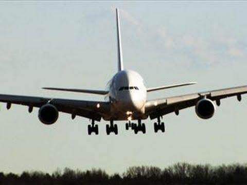 System Crash on the World's Largest Passenger Jet