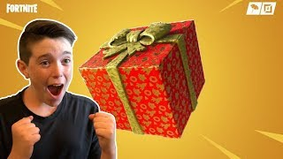 LOOKING FOR GIFTS IN FORTNITE! w/ Lincoln from What's Inside!