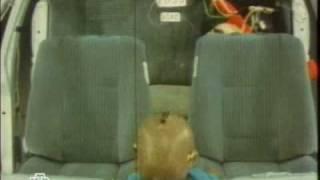 На такси с ребенком?(Собираетесь поехать на такси с ребенком? Позаботьтесь о его безопасности заранее! Ведущие программы Андрей..., 2008-12-09T00:17:41.000Z)