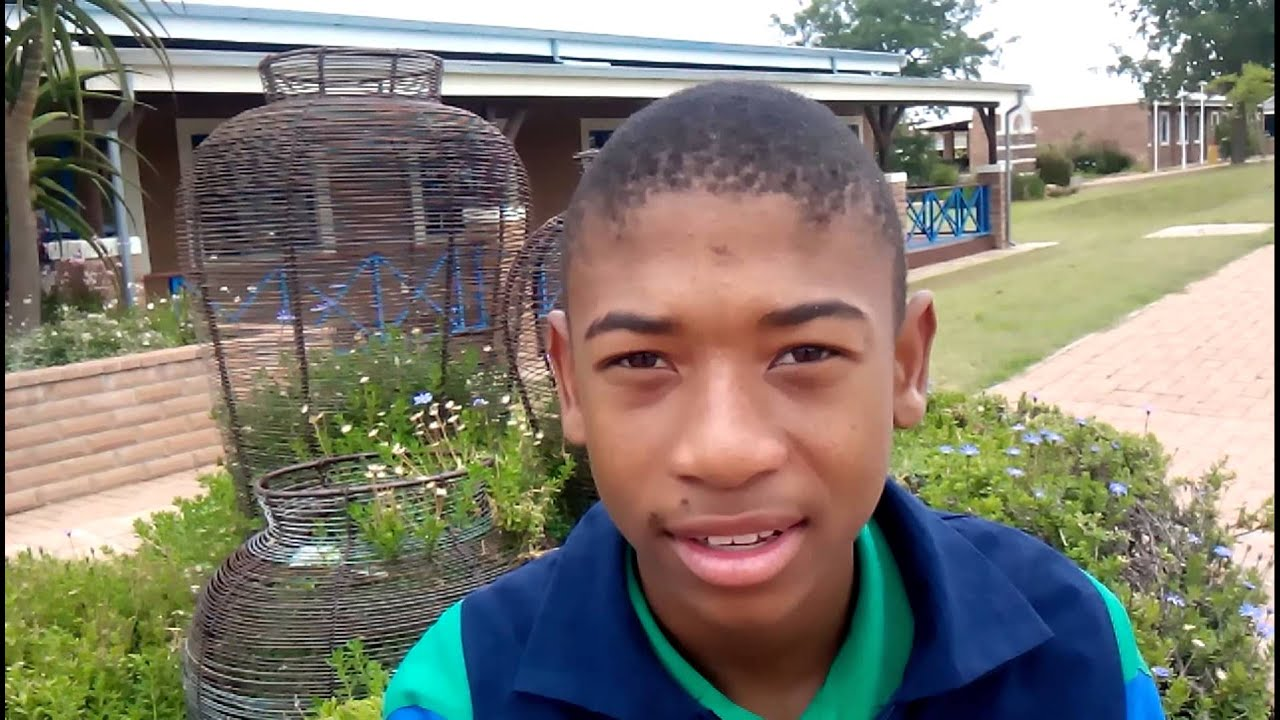 Khuno phukubje from mitchell house youtube for Mitchell s fish house