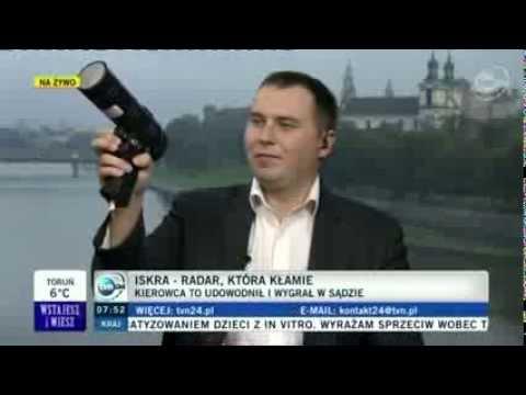 """18.09.2013 - TVN24 - Wstajesz i wiesz - Pomiar prędkości """"na oko""""? Policja sprawdzi swoje """"suszarki"""""""