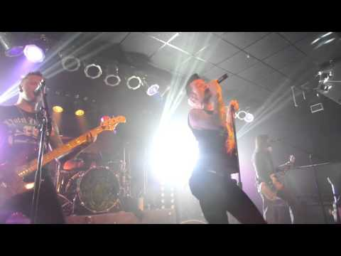 Hinder Live In Minnesota - Wasted Life