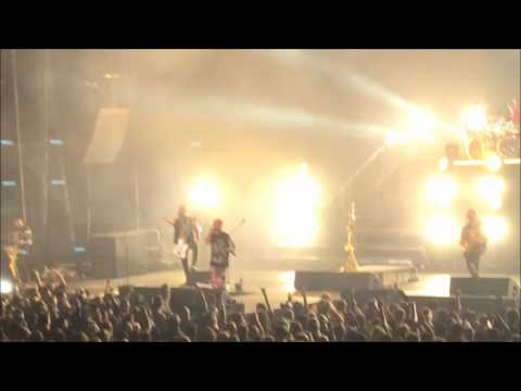 Five Finger Death Punch - Fan Plays Lead Guitar | Ivan Gets Pissed | Burn MF