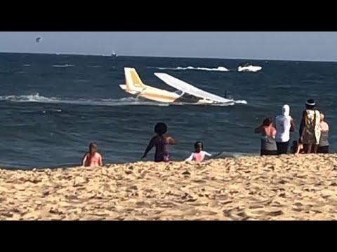 Video | ABD'de motor arızası yaşayan tek kişilik uçak denize zorunlu iniş yaptı