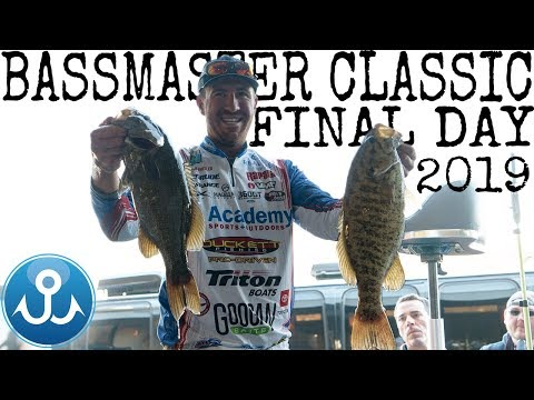 I WRECK my boat engine & take the lead BASSMASTER CLASSIC 2k19 Finale