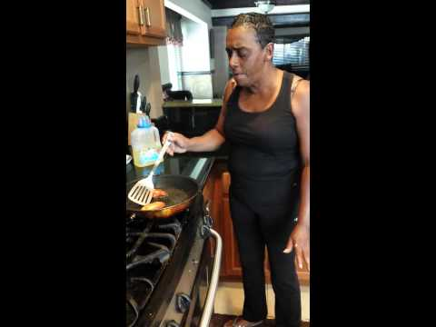 'Sista Girl' Felicia A. O'Dell's ultra-low-budget cooking videos are what the internet needs