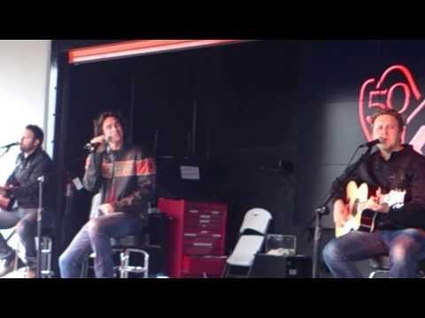 Brokenheartsville - Joe Nichols Live in KC