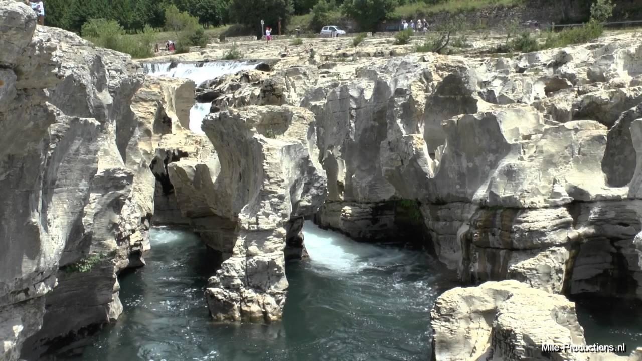 Les cascades du sautadet la roque sur c ze france gard for Soom t bagnols sur ceze