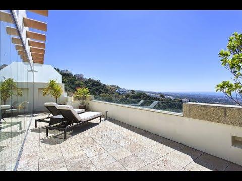 Duplex Penthouse with breathtaking sea views in Los Monteros Marbella