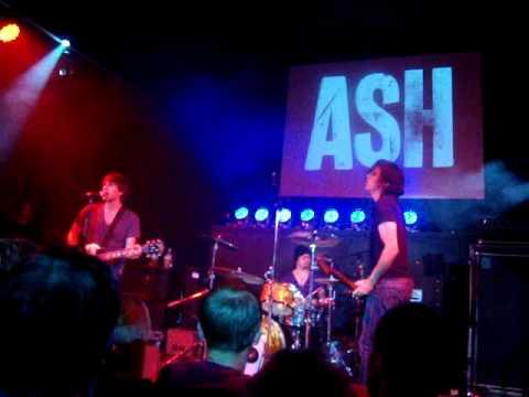 Ash - Arcadia (Live at The Brickyard, Carlisle 21/10/09)