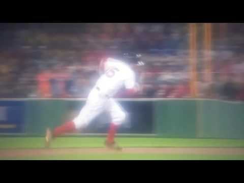 Michael Saunders leaps for catch at green monster