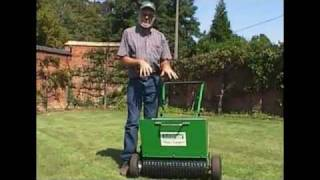 Bannerman Mini Top Dresser - Informative & Educational