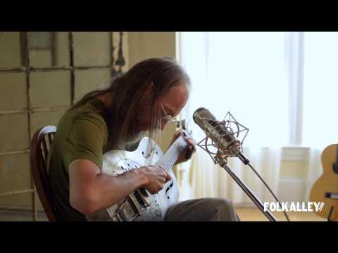 "Folk Alley Sessions: Charlie Parr - ""Delia"""