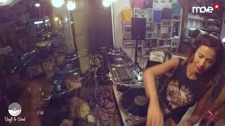 Instore Session w/ MOLLY [Rdv Music/ Aku] @ Vinyl & Wood Budapest 16.09.2017. (MOVE)