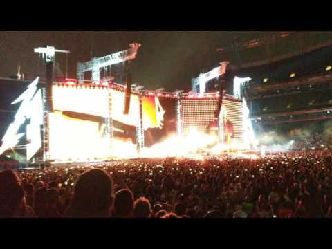 Metallica For Whom The Bell Tolls live at Mile High Stadium