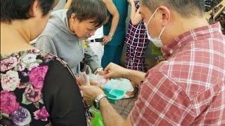 Bất ngờ cách người Sài Gòn làm từ thiện cho cả tiền và cơm có thịt