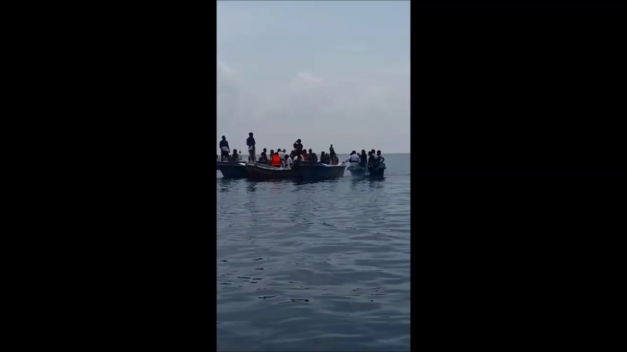 Iranaitivu villagers sail back to their occupied land in daring protest - 8