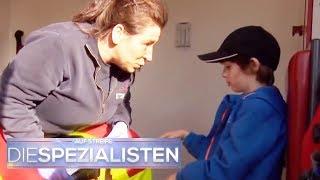 Niklas (6) alleine und verletzt im Wald! Wo ist die Mama? | Die Spezialisten | SAT.1 TV
