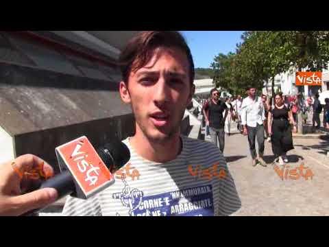 Test per Medicina a Napoli, le reazioni degli studenti alle domande