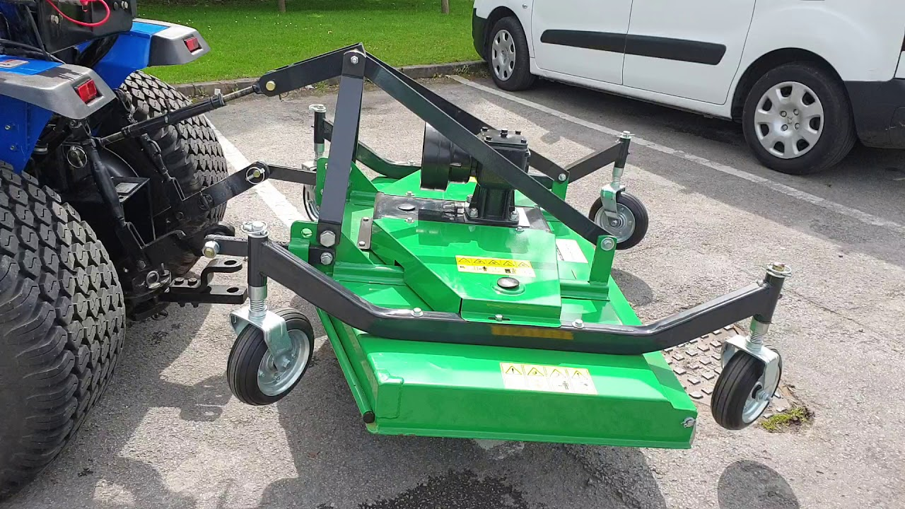 Solis 26 compact tractor with turf tyres & FM150 finishing mower