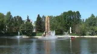 Прокат лодок на ВДНХ. Водные велосипеды.(На шереметевских прудах ВДНХ летом можно покататься на лодках и водных велосипедах. Съёмка - май 2014 года...., 2014-05-21T14:16:14.000Z)