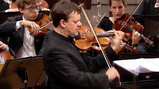 Full-length concert: http://www.digitalconcerthall.com/concert/2239...