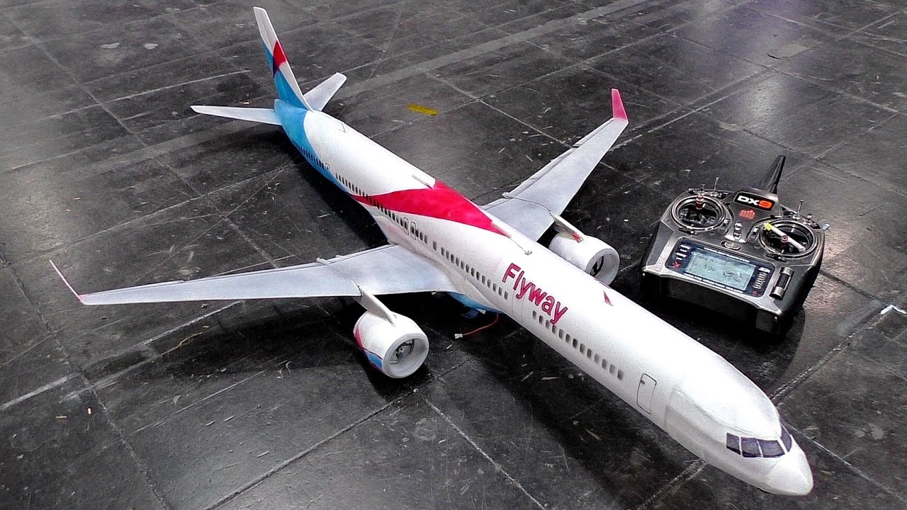 Amazing Rc Boeing 757 300 Super Lightweight Model Airliner For Indoor Flight Presented 2017