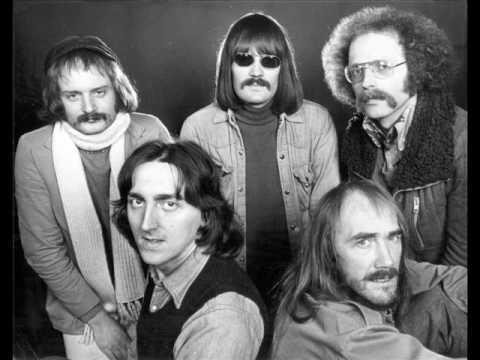 Soft Machine w/ Allan Holdsworth - LIVE - Bundles -1974 - New York