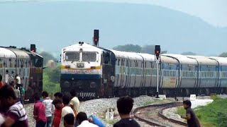 Deadly 4D honks away people off the tracks - Indian Railways