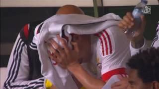 gaitan substituido e chora no ultimo jogo de despedida
